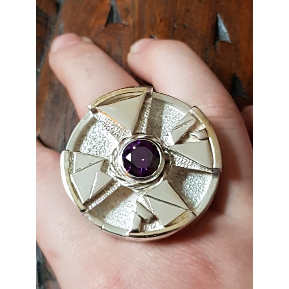 Large Sterling Silver ring with amethyst stone Wonder Gush