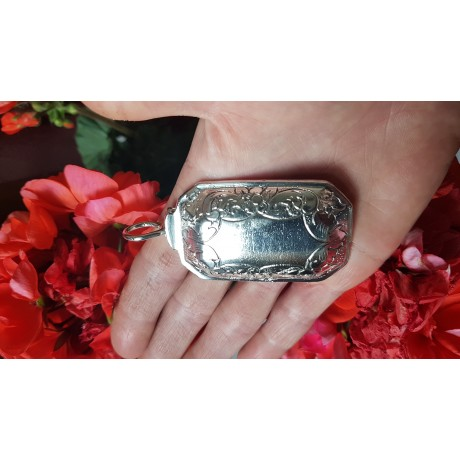 Large massive Sterling silver pendant Tender Giant, Bijuterii de argint lucrate manual, handmade