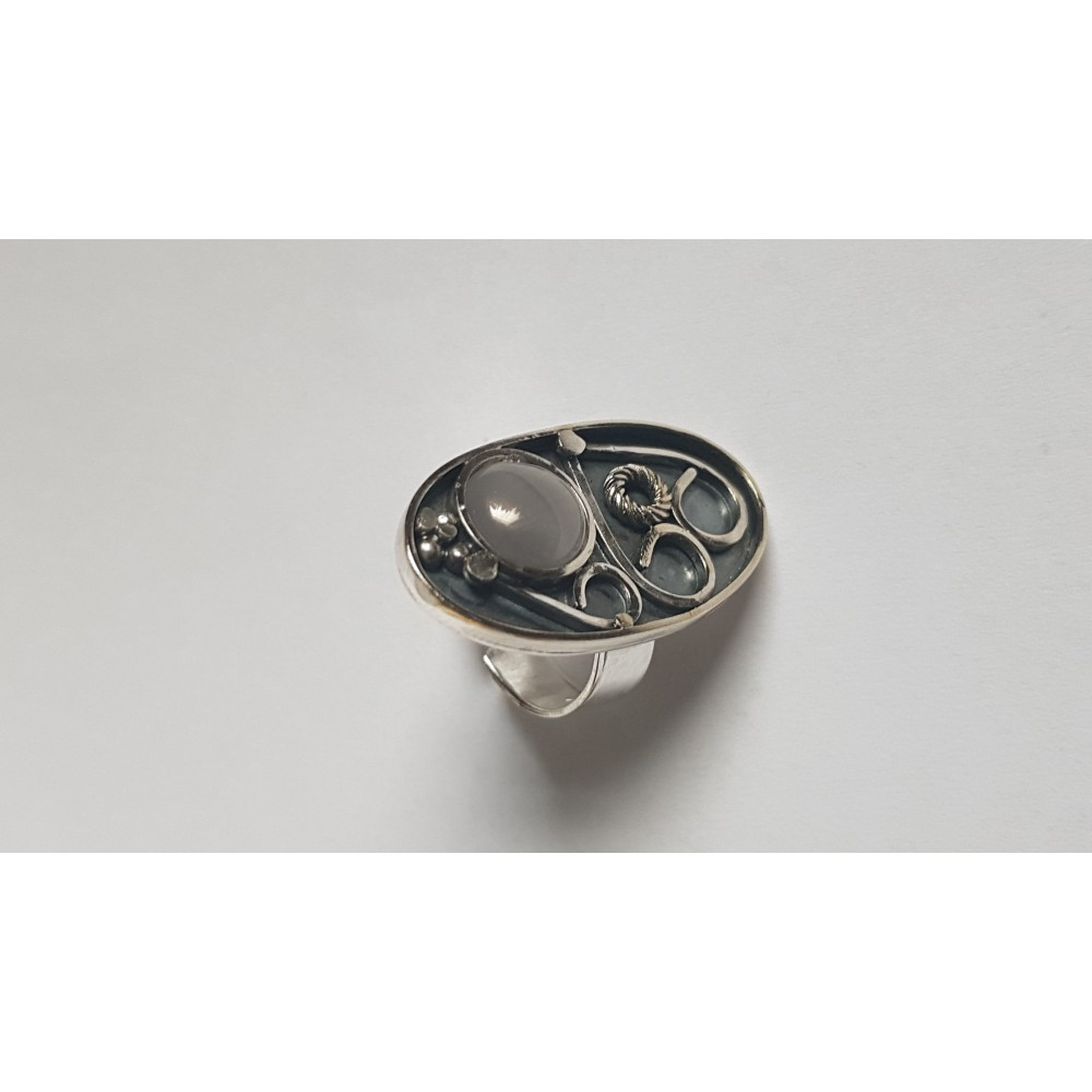 Sterling silver ring with natural cat's eye Ovalish