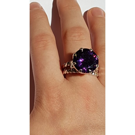 Sterling silver ring starring amethyst stone Purple Spoils, Bijuterii de argint lucrate manual, handmade