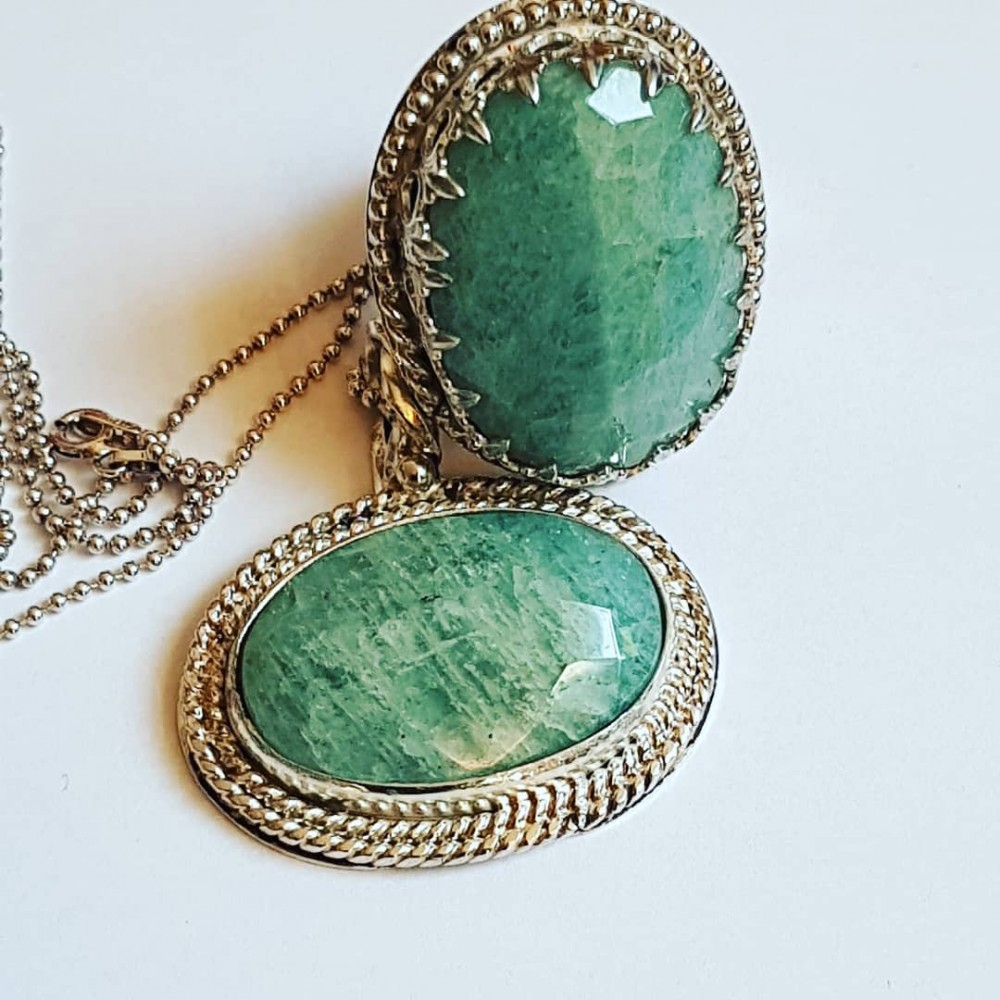 Sterling Silver pendant with natural aquamarine stone Green Parade
