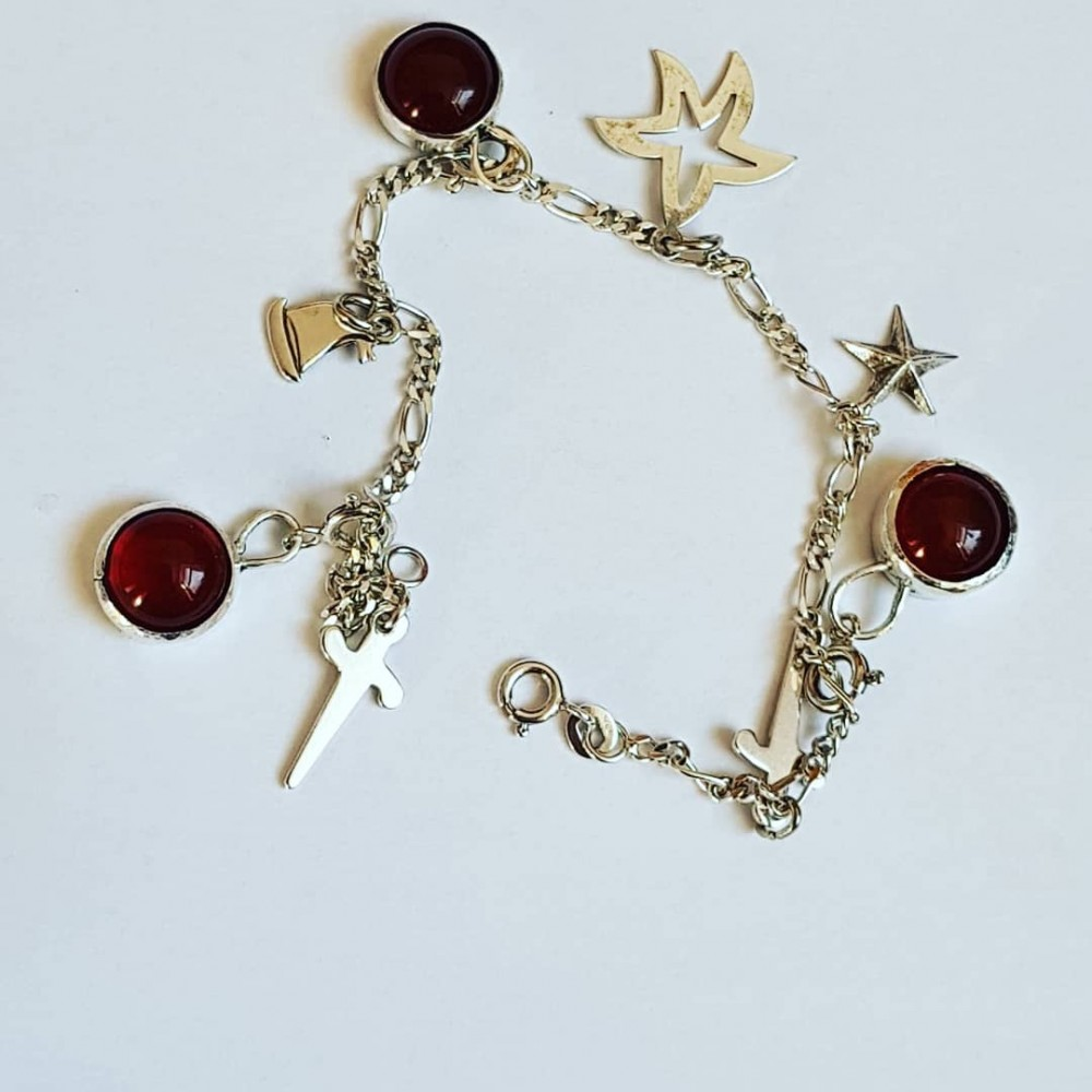 Sterling silver bracelet with natural carnelian Hot Spirited