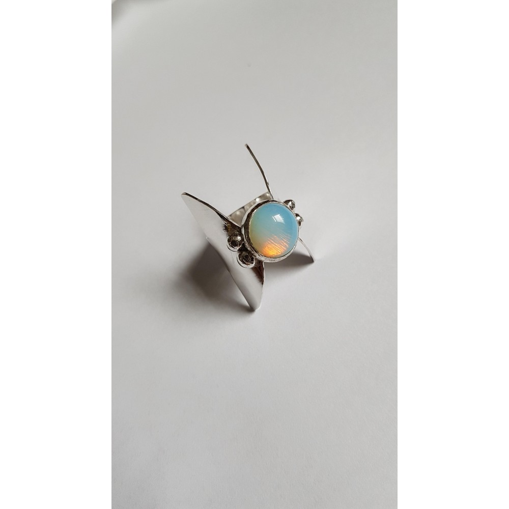 Sterling silver ring with natural opal stone LightSense