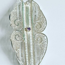 Statement filigree Sterling brooch Craving for Love