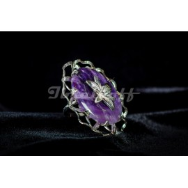 Sterling silver ring with african amethyst