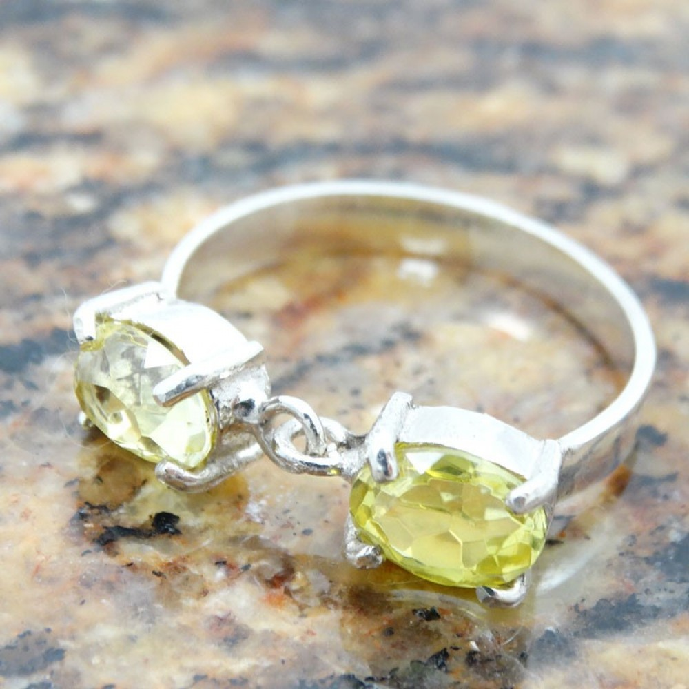 Sterling silver engagement ring Eyes of Amber