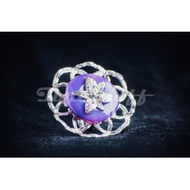 Sterling silver ring with round purple agath stone