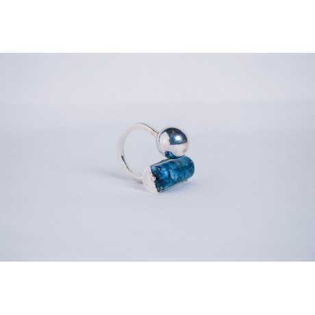 Sterling silver ringer with large silver ball and Lapislazuli, Bijuterii de argint lucrate manual, handmade