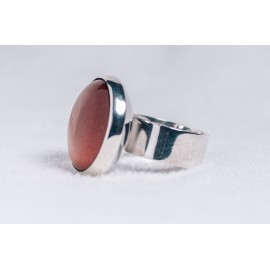 Large sterling silver ring with Sun stone