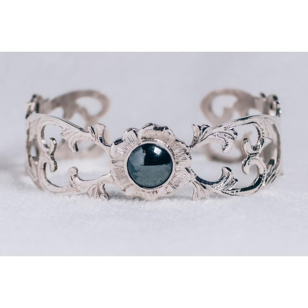 Sterling silver bracelet with smoky grey-black cat's eye stone, engraved