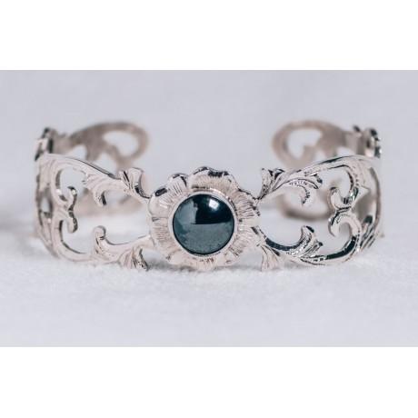 Sterling silver bracelet with smoky grey-black cat's eye stone, engraved, Bijuterii de argint lucrate manual, handmade