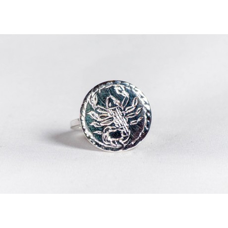 Sterling silver ring with engraved scorpion, handmade & handcrafted, design by bralhoff, Bijuterii de argint lucrate manual, handmade