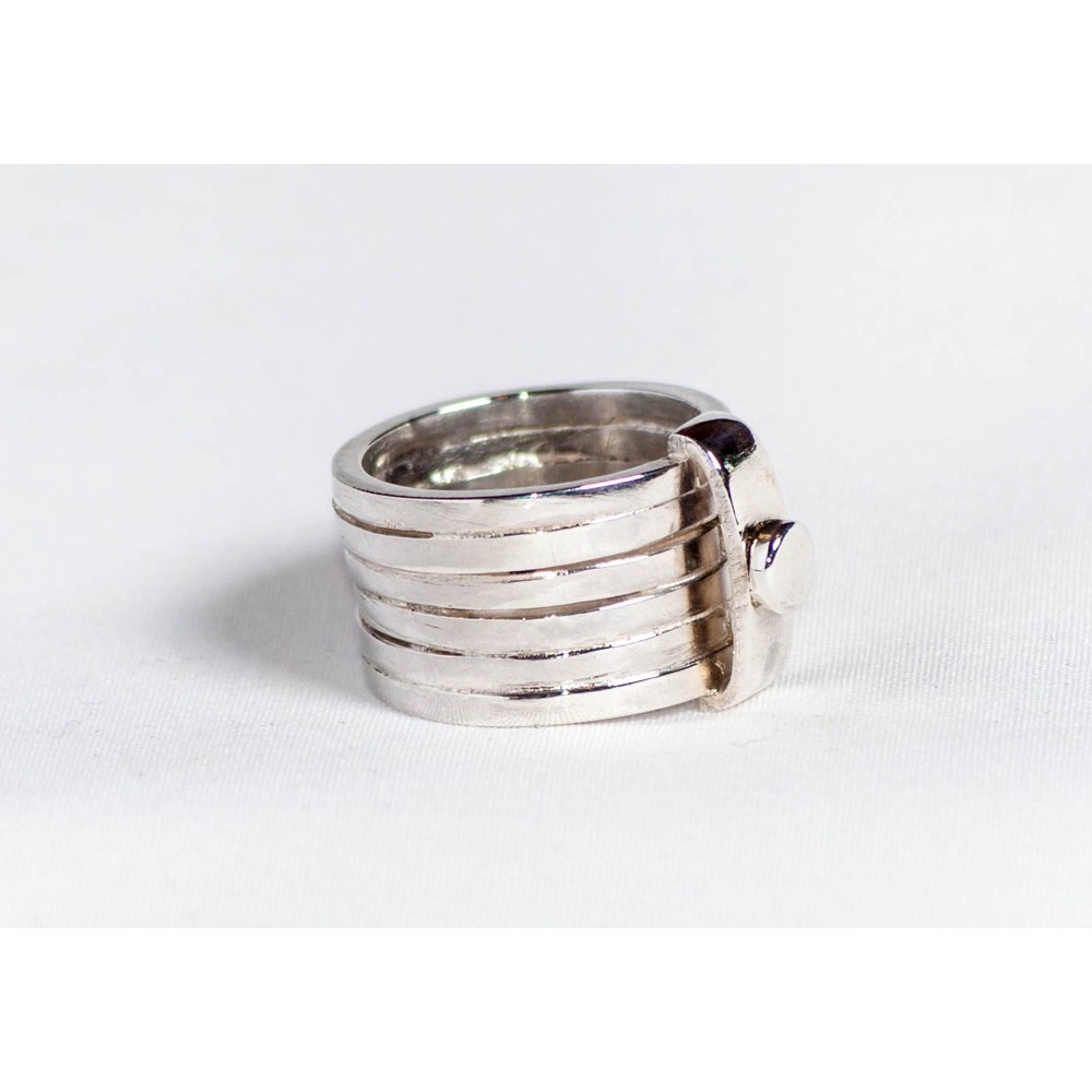 Large sterling ring with six rowing overlapping rings, handmade & handcrafted, design by Ibralhoff