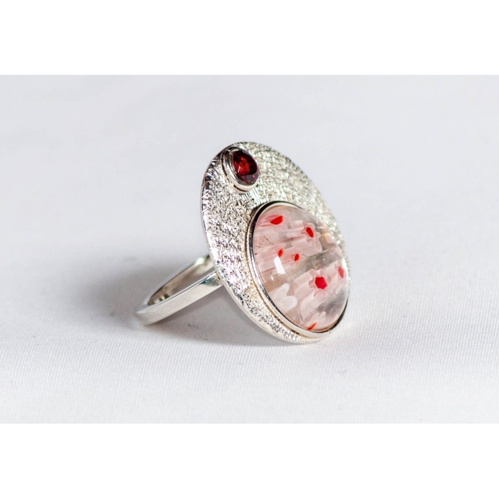 Sterling silver ring with millefiore and granate, handmade & handcrafted, design by Ibralhoff