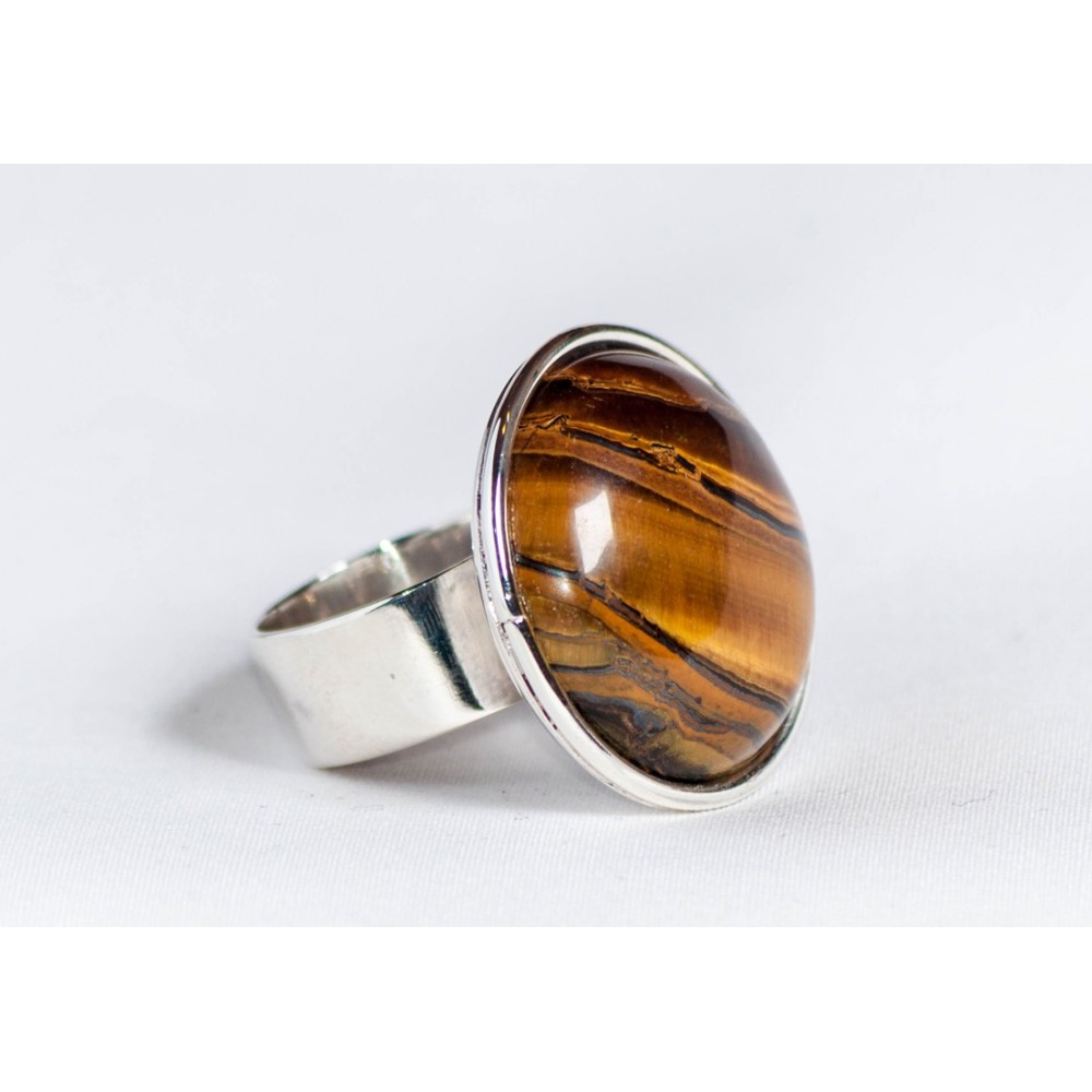 Sterling silver ring with tiger's eye, handmade & handcrafted, design by Ibralhoff