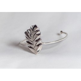 Sterling silver bracelet with vegetal symbol—leaf, design by Ibralhoff